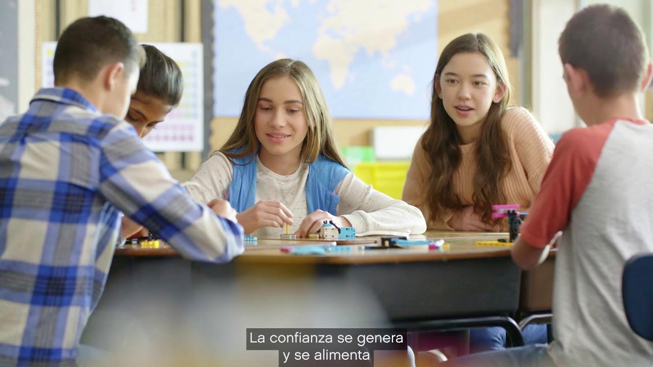 Construye la confianza año tras año con LEGO Education