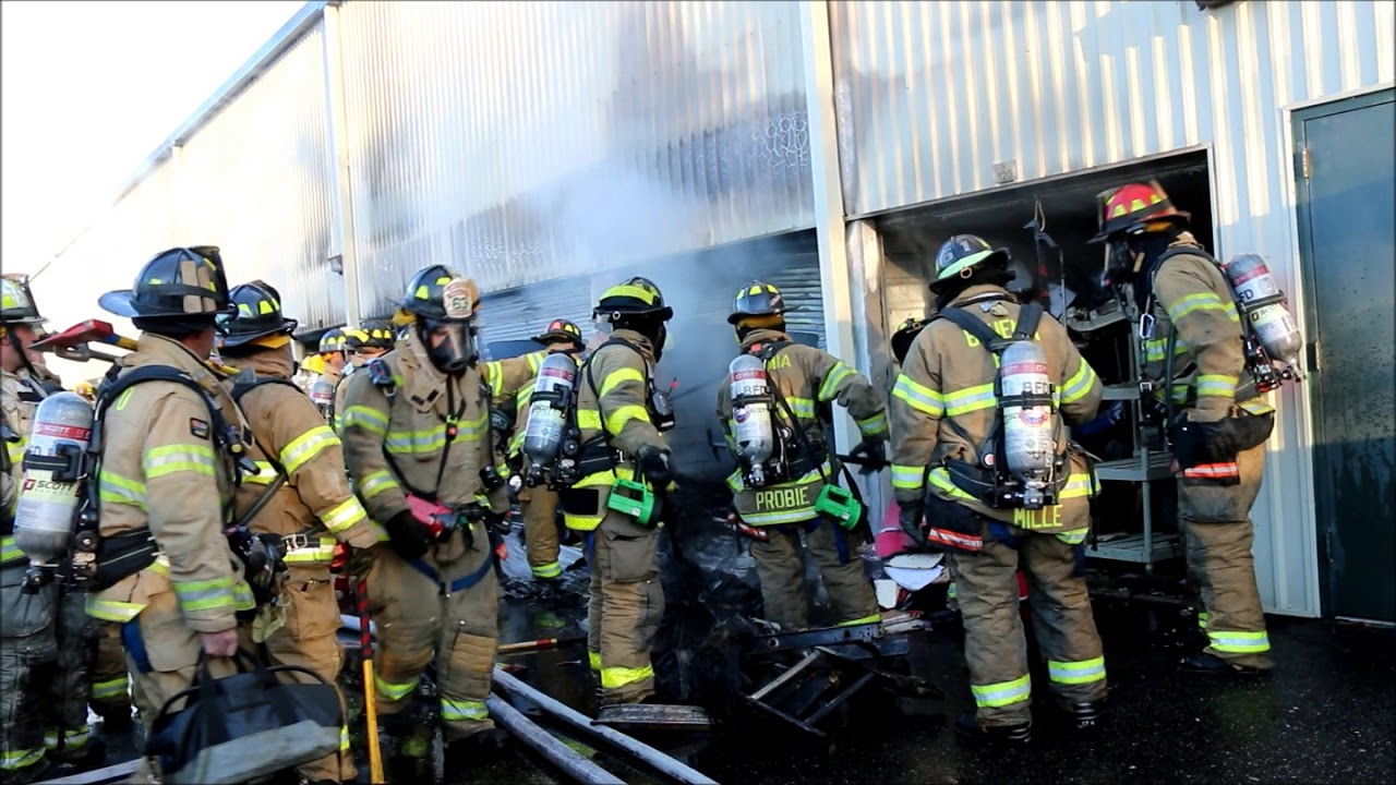 Fire Breaks Out At Self Storage Facility In Oakdale Ny
