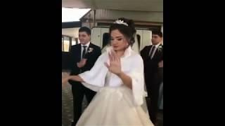 Армянская невеста красиво танцует /  Армянская свадьба в Ереване 2018