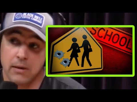 A Navy SEAL Weighs In On School Shootings | Joe Rogan and Andy Stumpf
