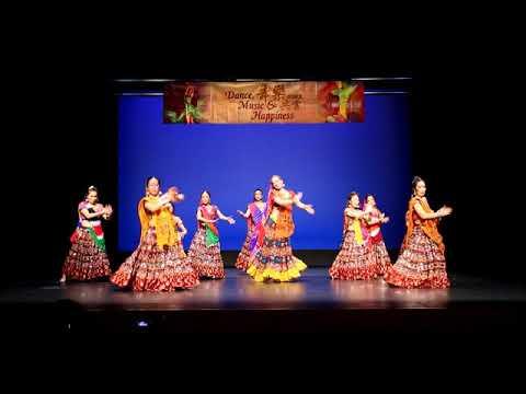 Mehndi Lagaau Kis Naam Ki (Indian Wedding Dance)