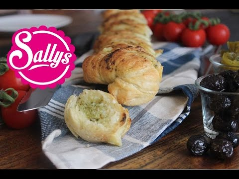 KräuterKnoblauchBaguette mit selbst gemachtem Baguette / mediterran / Sallys Welt