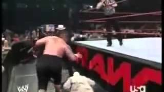 Umaga vs Kamala.mp4(By LenyaManWWE)