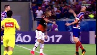 Невидимое чудовище пытается убить футболиста прямо на поле! Аббфутболе
