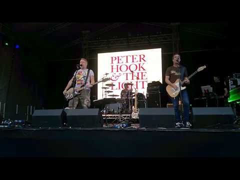 Peter Hook and the Light - Transmission - Live at Dartford Music Festival 16:07:2017