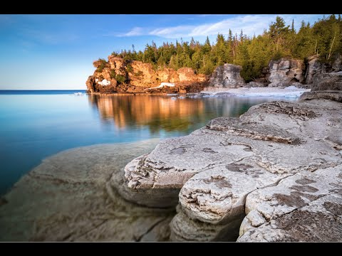 Best Places to visit in Canada! - Tobermory, Ontario!