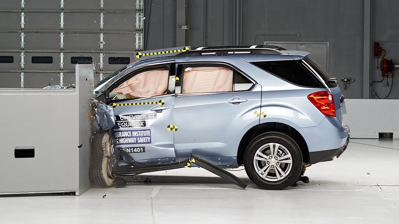 2014 chevrolet equinox driver side small overlap iihs crash test