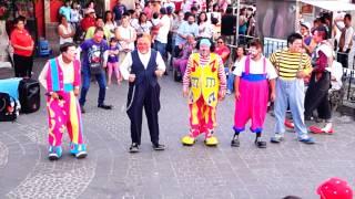 Payasos Chikitines El baile del Pollito y el Perro llegoooo!!! thumbnail