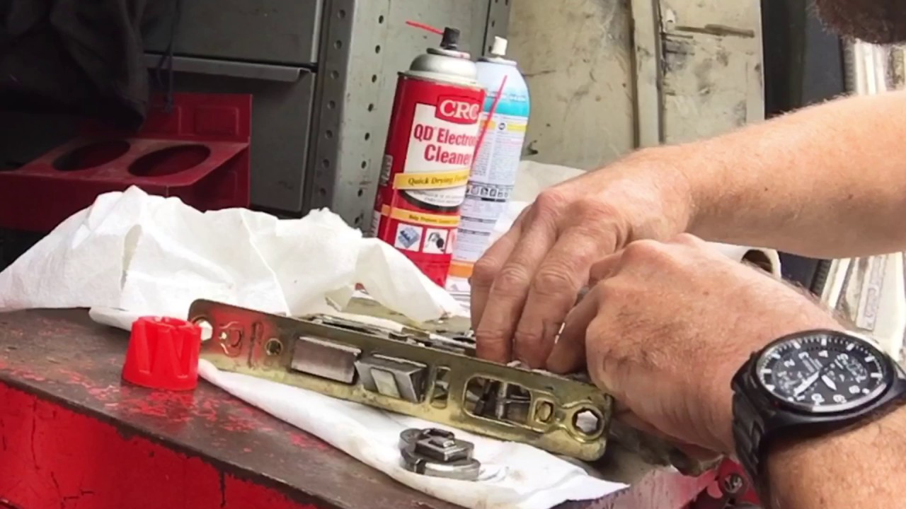 hight resolution of cleaning repairing old corbin mortise lock