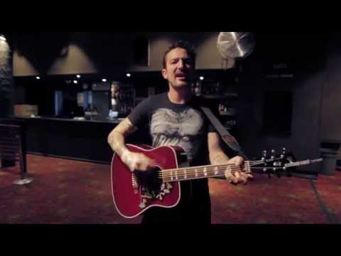 TAKE COVER SESSIONS: Frank Turner - Tell Tale Signs