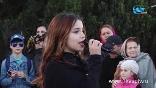 Песни, танцы и море хорошего настроения каспийчанам подарили юные дарования в праздник Весны и труда