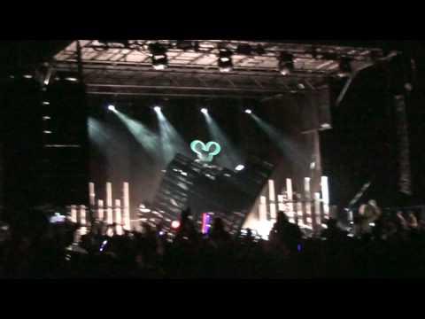 Deadmau5 Show-Some Chords HD (Intro)2010 live Salt lake city