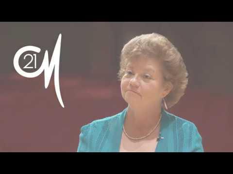 DePauw School of Music Bios – Caroline B. Smith, Voice