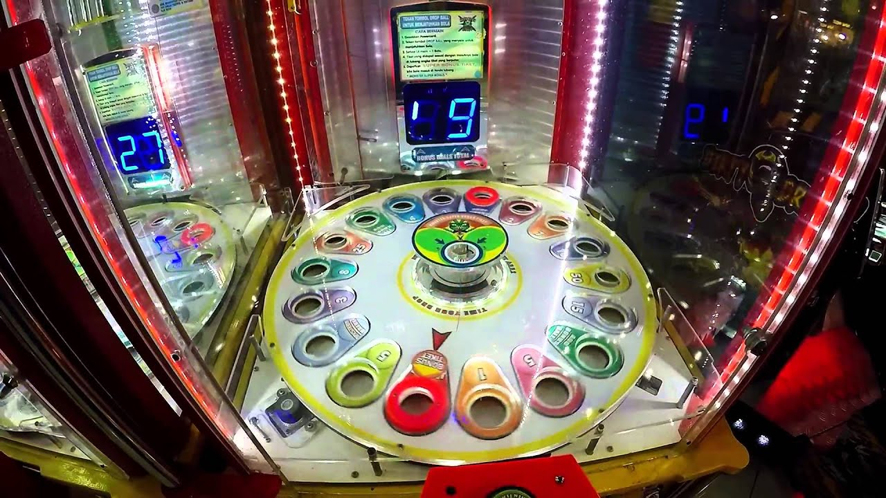 JACKPOT!!! 154 TICKET WINS FROM BOUNCE BALL ARCADE GAME