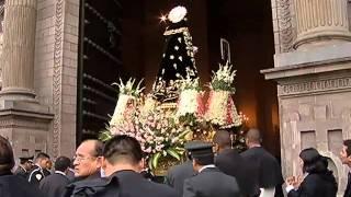 Santa Rosa  de Lima sale en procesión hasta la catedral la Catedral