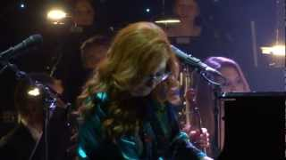 "Tori Amos - ""Way To Much Fun With My New Polish Friends"" Improv & Edge Of The Moon (FULL HD)"
