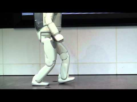 honda-asimo-walk-(slow-motion)