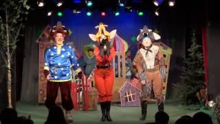 Детский спектакль «Теремок» в в ДК им. Зуева