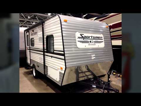 Mid-America RV Show gets underway at Bartle Hall