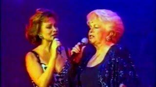ESTELA RAVAL & PALOMA SAN BASILIO ♪ Quiéreme siempre (España 1995)