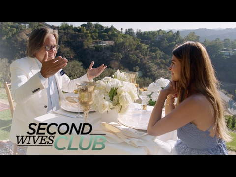 Shiva Safai Stunned by Mohamed Hadid's Gift  Second Wives Club  E!