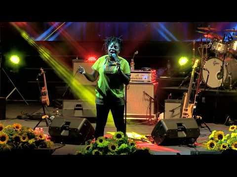 MANOU GALLO - ZAP GALLO (Live) - Afro Groove Queen Tour 18/19 Mp3