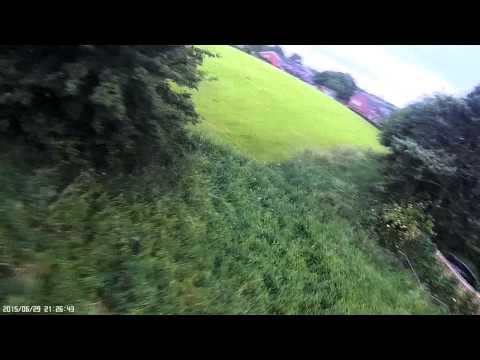250 FPV Quad Racing Through Cheap Gates