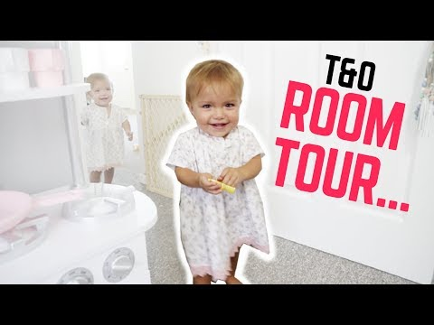WELCOME TO OUR ROOM! **TOUR**