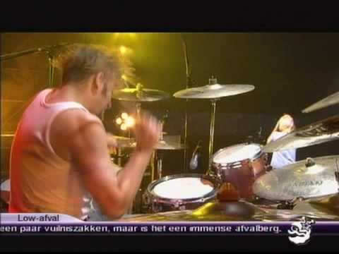 Guano Apes - You can't stop me ( live in Lowlands 2003)