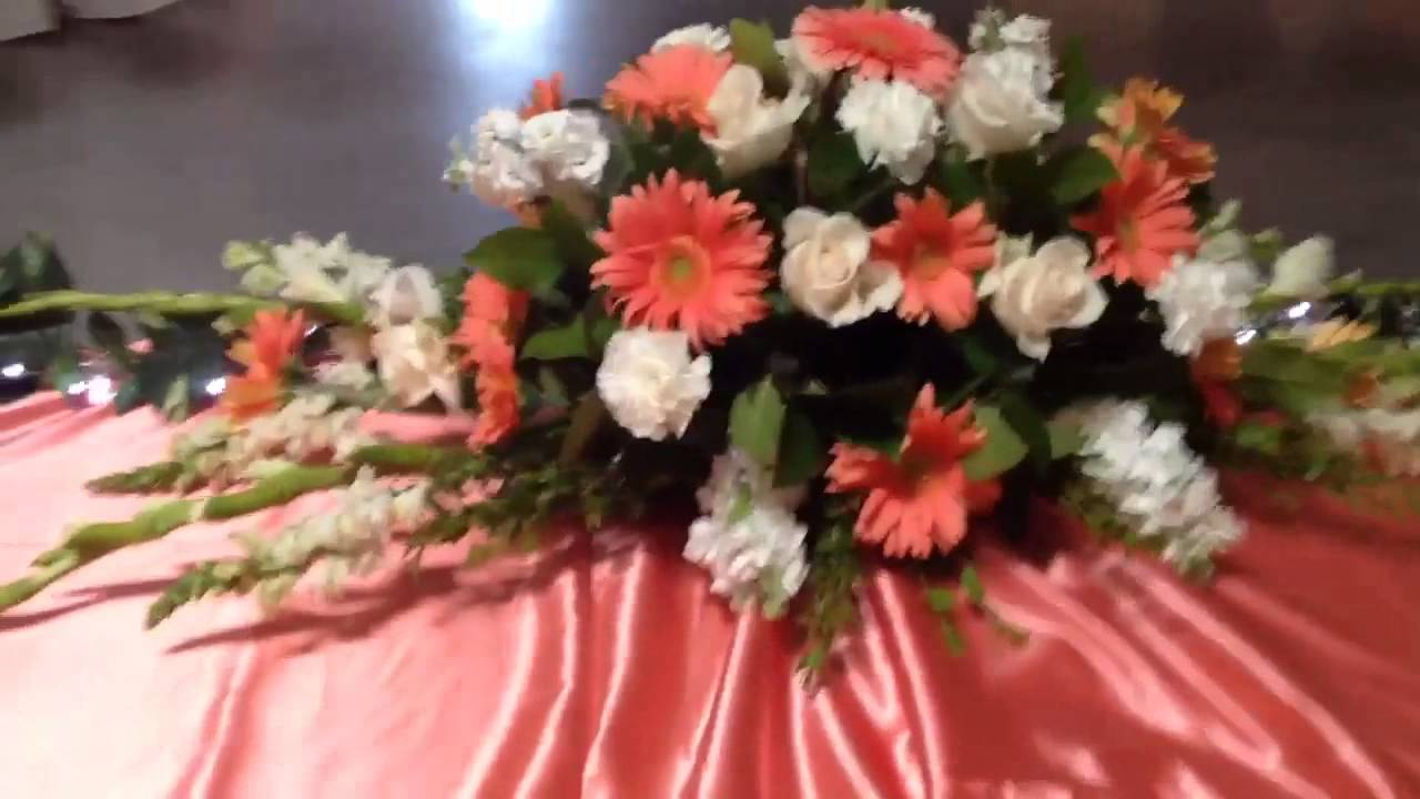 Wedding and quinceaera lead table floral design by estrell youtube wedding and quinceaera lead table floral design by estrell izmirmasajfo
