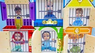 Disney Princesses In Frozen Aladdin Jasmine Tinkerbell Rescue