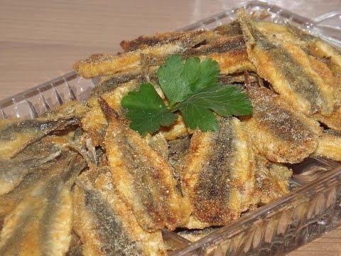 Жареная мелкая рыба (сардины, килька, мойва)