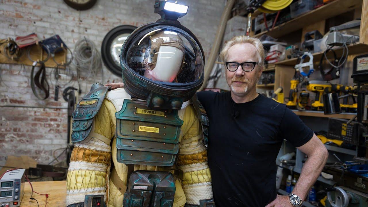 dallas alien 1979 space suit - photo #12