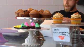 Cake Eater Bakery Opening - everyone loves cupcakes!