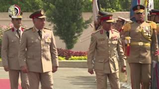 المتحدث العسكري ينشر فيديو لقاء وزير الدفاع ورئيس أركان دفاع البحرين