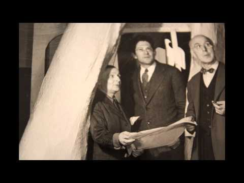 Showtime: die Kulisse explodiert. Frederick J. Kiesler
