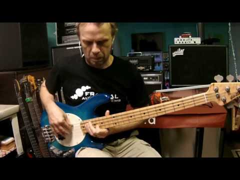 Lipstick Vogue - Elvis Costello and the Attractions (Bruce Thomas) bass cover