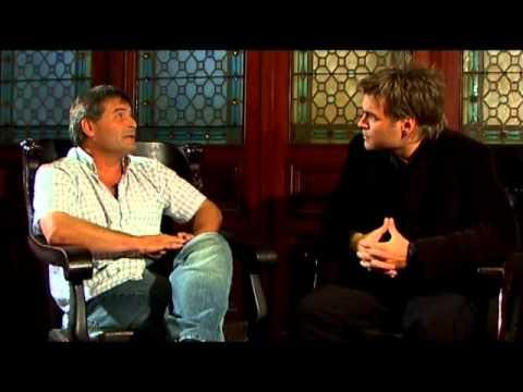 SOLAS EN LA OSCURIDAD leyenda urbana de terror, Voces Anónimas, con Guillermo Lockhart