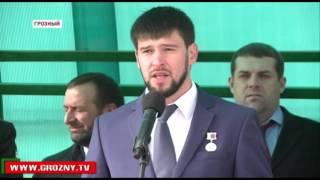 Из Грозного в армию проводили первую группу призывников(, 2015-11-19T19:45:49.000Z)