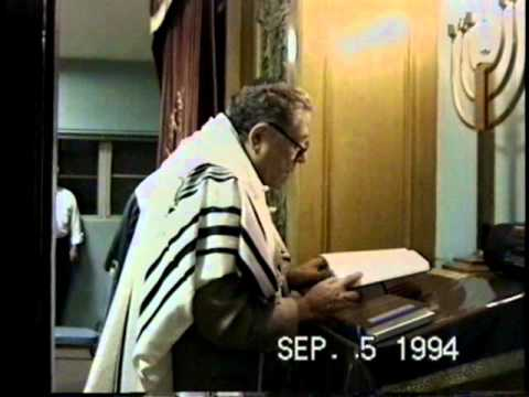 Erev Rosh Hashana Selichos led by Emil Katz at Beth Jacob of Beverly Hills (filmed in 1994)