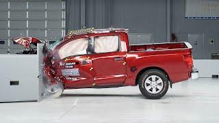 2017 Nissan Titan crew cab small overlap IIHS crash test
