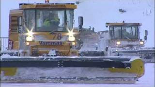 Dealing with snow and ice at Helsinki Airport