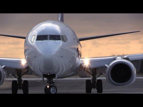 Skymark Airlines Boeing 737-800 Ibaraki Airport Takeoff
