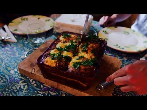 FOOD IS LOVE | Baked Ravioli