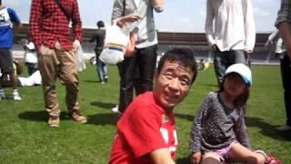 2011年4月2日 「猫ひろしチャリティーランニング」開催中に地震発生。 ...