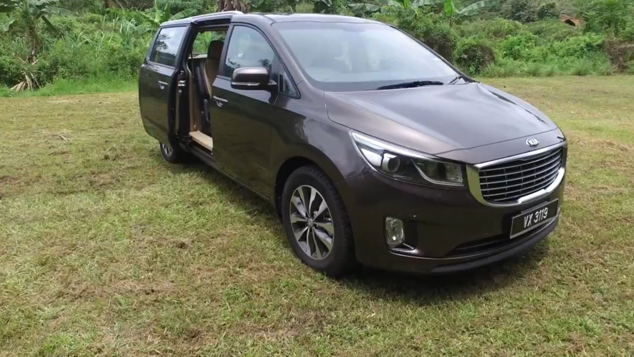 2018 Kia Grand Carnival 2 2 Diesel Super Detailed Review
