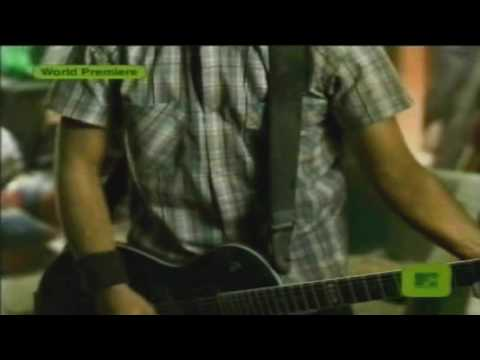 Simple Plan - Addicted Official Music Video[HD]