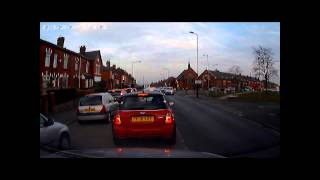 Near crash in Wigan with Mini driver not concentrating