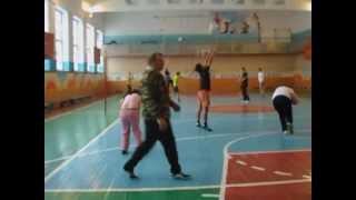 Урок физической культуры в 11 кл Ермаковской СОШ.