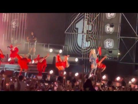 "Rita Ora - ""Shota"" Vallja e Rugoves  ( LIVE, KOSOVO'S INDEPENDENCE ) thumbnail"